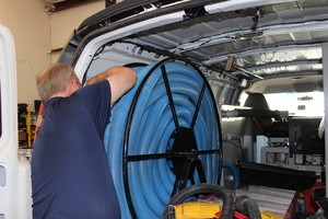 Water Damage Garland Technician Prepping Suction Hoses
